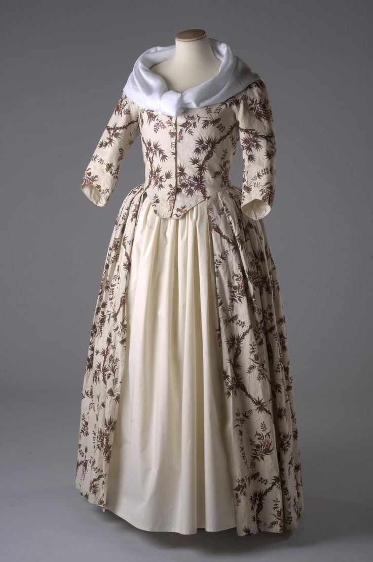 Dress, open robe, circa 1770-1773.