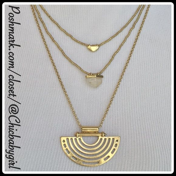 #JUST-IN LUCKY BRAND 4 WAY NECKLACE This 4 in one boho necklace will be a fun and ever changing neck piece to add to your wardrobe. There are lobster claw closures to make the change. Lucky Brand Jewelry Necklaces