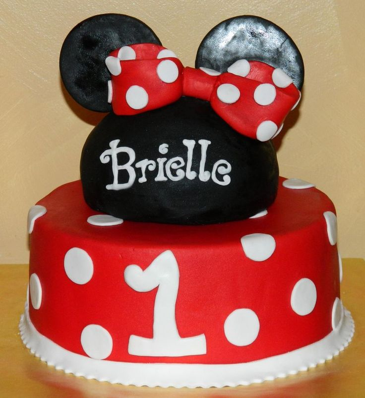 10 Images About Disney Mickey Amp Minnie Cakes On
