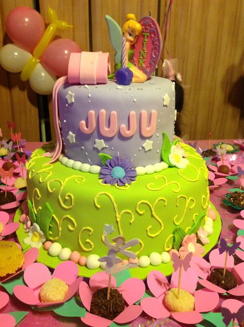Tinker Bell Disney Fairies Party Cake... Love! Im sooooo making this for julia