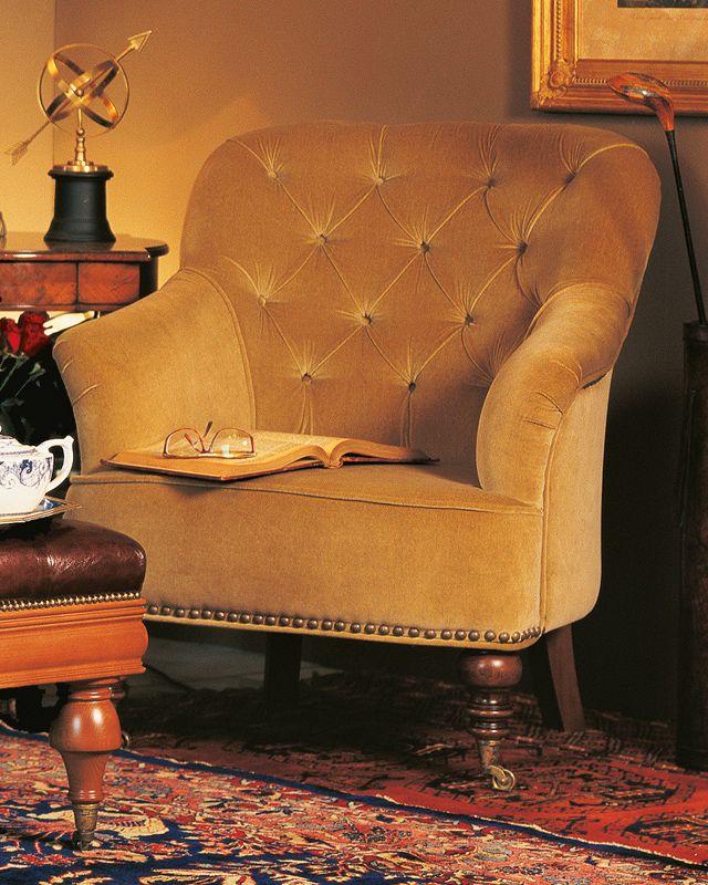 armchair Donna