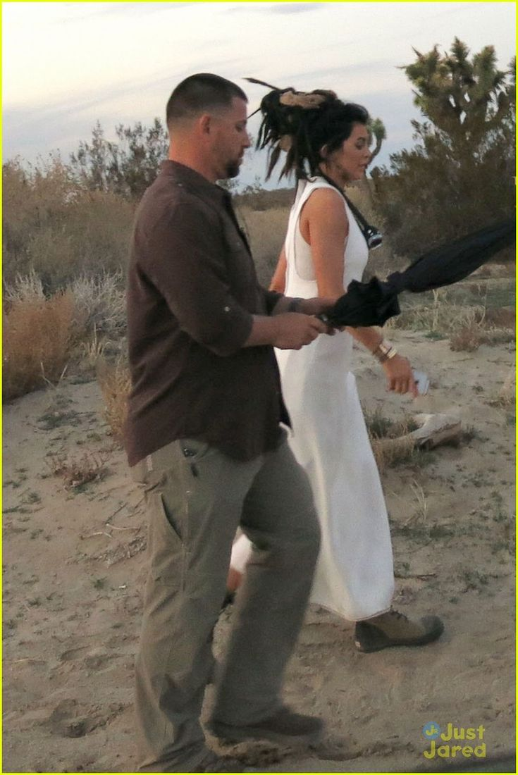 Kylie Jenner looks boho chic while making her way through the desert on Thursday afternoon (February 5) in Los Angeles.