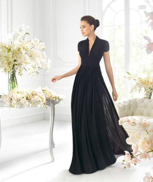 Vestido de manga corta en color negro para damas de boda