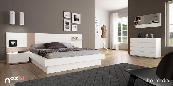 Apuesta por muebles en colores claros que destaquen sobre for Combinar muebles oscuros y claros
