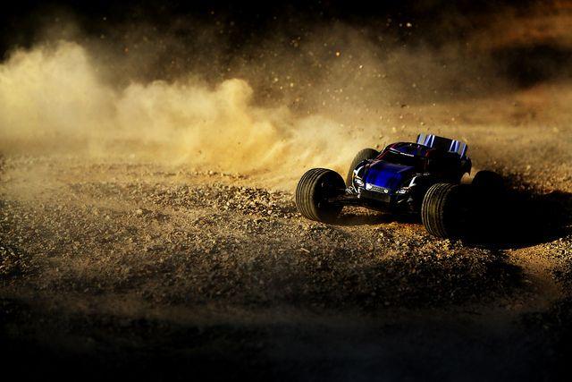 Traxxas Rustler VXL | Drifting
