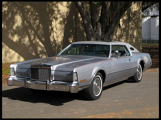 Charming 1973 Lincoln Continental Mark IV