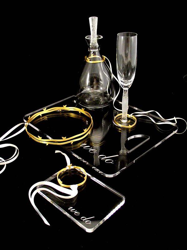 Χρυσα στεφανα & stylish διακοσμηση για σετ γαμου  See more on Love4Weddings  http://www.love4weddings.gr/stefana-gamou-gold/