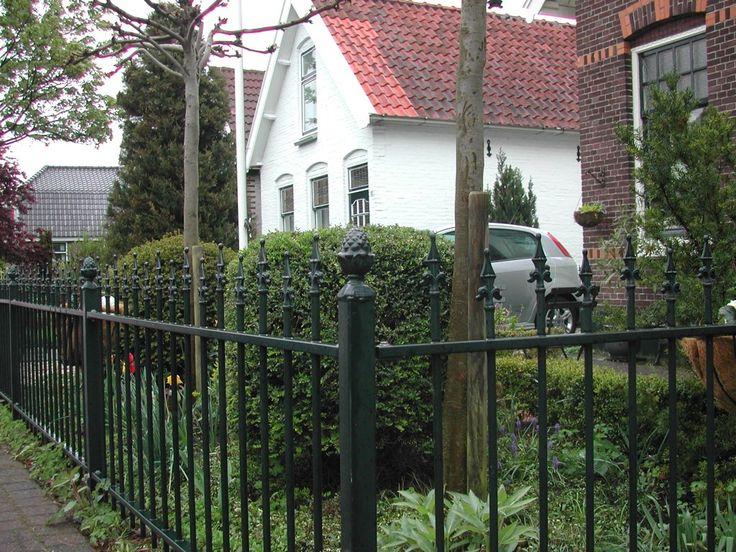 model-twiske-7. Maatwerk sierhekwerk van metaal voor tuin, voortuin en balkon.