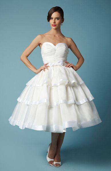70 best Little big dress images on Pinterest   Short wedding gowns ...