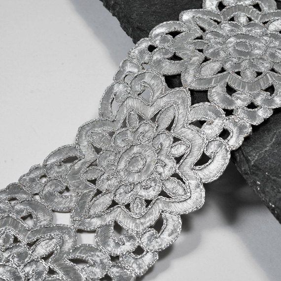 Metallic Flower Lace Trim for Bridal Costume or Jewelry