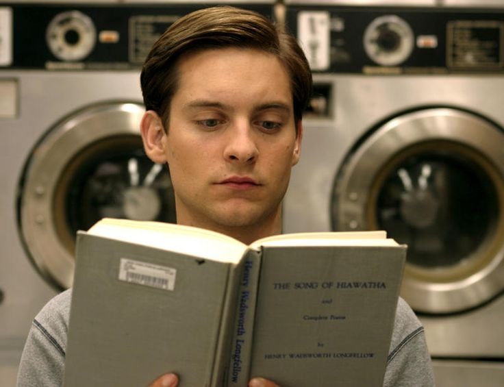 Tobey Maguire reads.