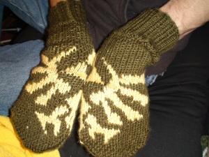 Tri-force mittens!