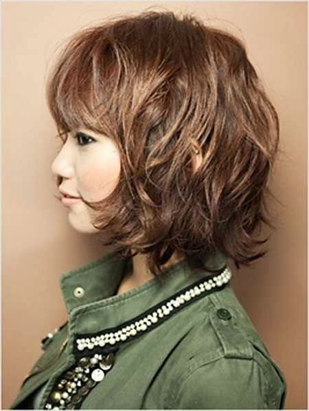 short easy hair styles best 25 hairstyles with bangs ideas on 8634 | 984103f8634cb48ac01eb2acb7874956 short hairstyles with bangs shaggy bob