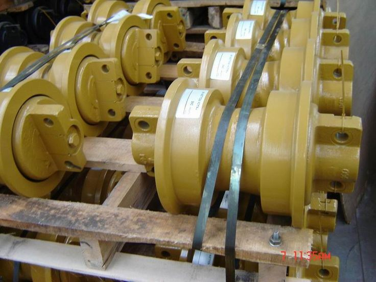 Track Rollers for Bulldozer, Undercarriage Parts for Bulldozer. Please contact us at candy.lee@machinespart.com. Thanks.
