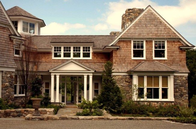 Best 25 shingle style homes ideas on pinterest house for Rock and cedar homes