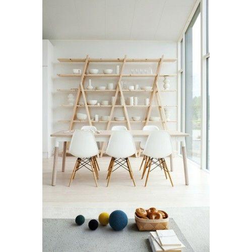 Eames Plastic Side Chair, Charles & Ray Eames, Vitra