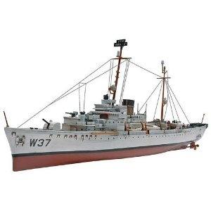 Revell 1:302 USCG - Roger B Taney