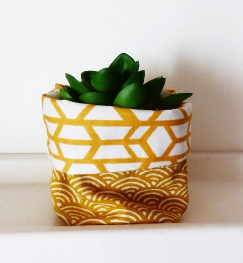 cache pot tissu mini plante mini cactus tissus r tro. Black Bedroom Furniture Sets. Home Design Ideas