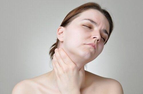 Los primeros síntomas del cáncer de garganta