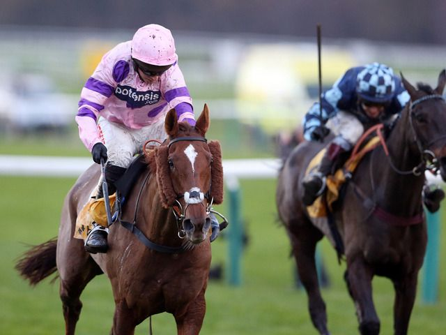 Silviniaco Conti, trained by Paul Nicholls and ridden by Noel Fehily wins, for the second time, the Betfair Chase at Haydock. (November 2014)