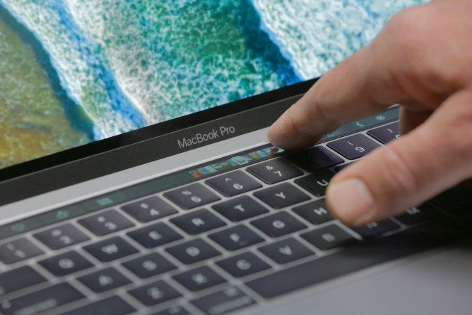 Weekly Roundup: MacBook Pro makes waves AT&T acquiring Time Warner and RIP Vine