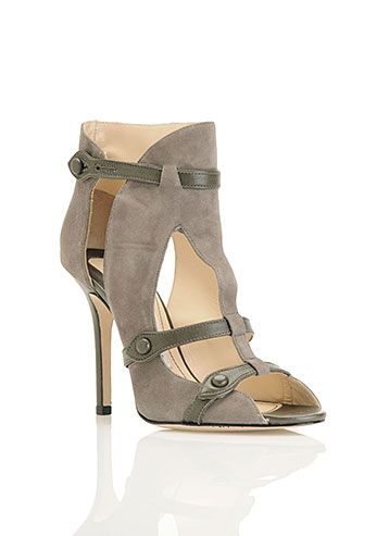 Estos no son los típicos booties pero  wow Nicole Miller - Nappa Suede CUT OUT BOOTIE