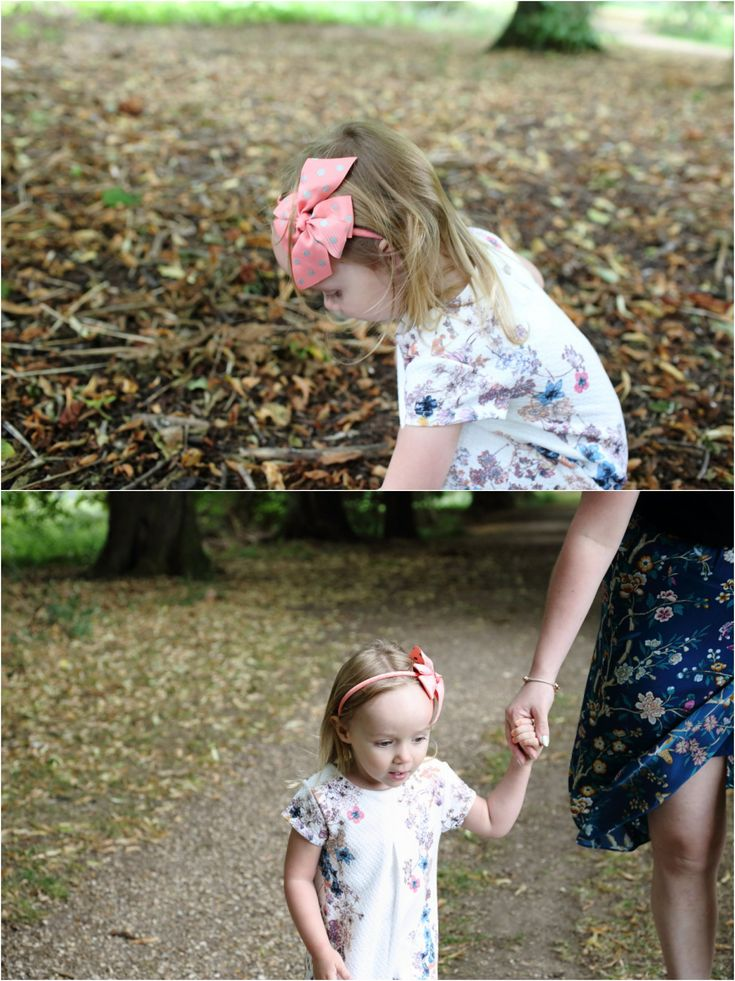 natural authentic photography of a family in suffolk woodland