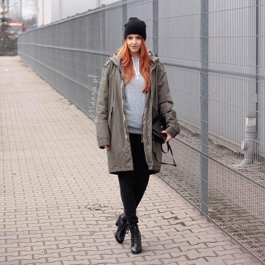 www.otianna.pl ❤️ Snapchat: otianna.pl #new #streetlook #streetstyle #blog #otianna #lookbook #outfit #ootd #kobieta #woman #khaki #simple #dress #fashion #lbsdaily #poland #polish #polishgirl #hair #lookvk #follow #blogger #fblogger #hm #me #girl #now #stylovepolki