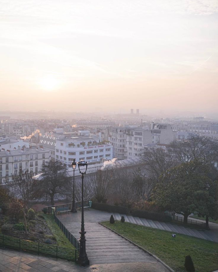 Early morning views over Paris