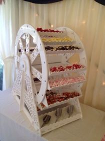 Candy Ferris Wheel - Berkshire Celebrations wedding and event hire in Berkshire, Surrey, Hampshire and surrounding areas
