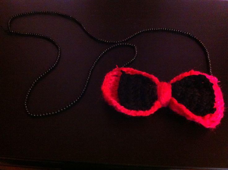 Bow crochet neck accessory