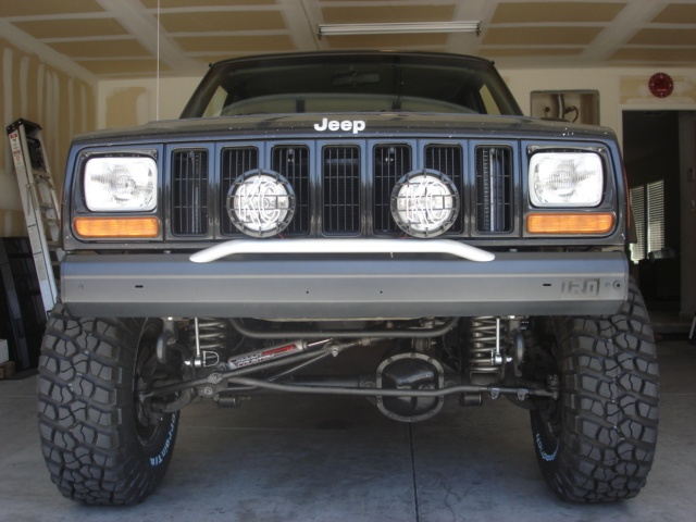 The 20 best ollllllo images on pinterest jeep stuff jeep xj and van my custom bumper with 100w kc driving lights fandeluxe Choice Image