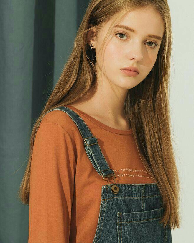 Rekomendasi Cast Wattpad Beserta Profilnya Stylish Girl Pic Girl Photography Girl Photography Poses