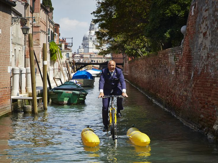 Enjoy cycling throught the picturesque canals on a water-bike!