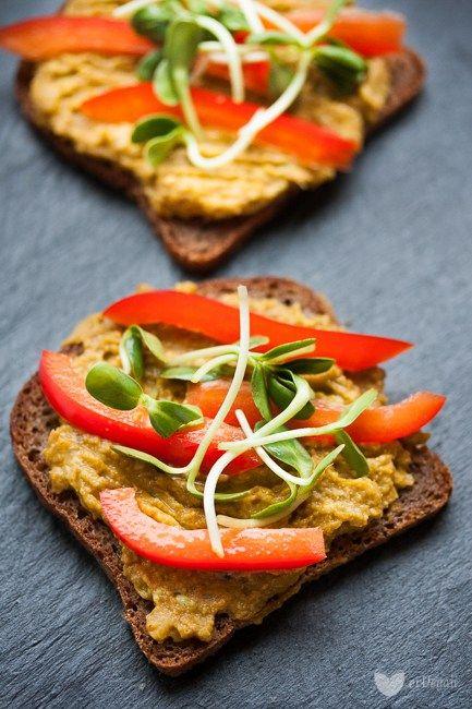 Najlepsza pasta z awokado z wędzoną papryką | erVegan - kuchnia roślinna