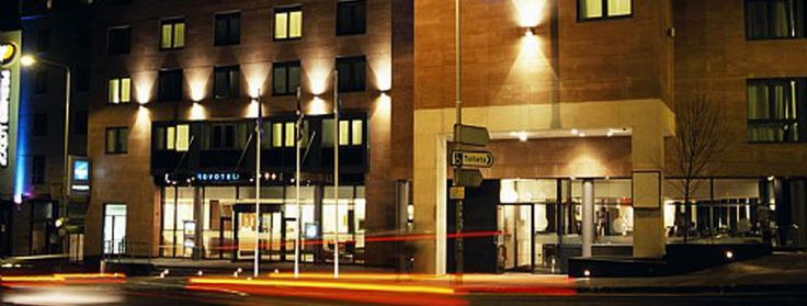 Best Edinburgh hotels, Novotel Edinburgh Centre hotel in Edinburgh, cheap Edinburgh hotel deals, Edinburgh hotel accommodation