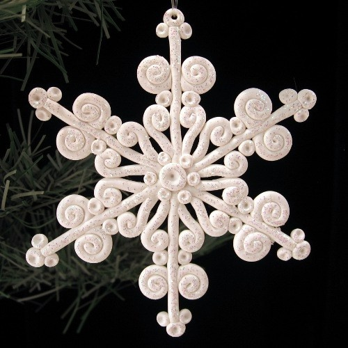polymer snowflake; Etsy shop ; she has beautiful looking items