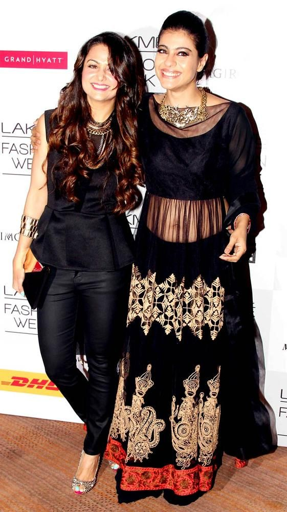 Kajol with Amrita Arora at the opening of the Lakme Fashion Week 2013. #Bollywood #Style #Fashion #LFW