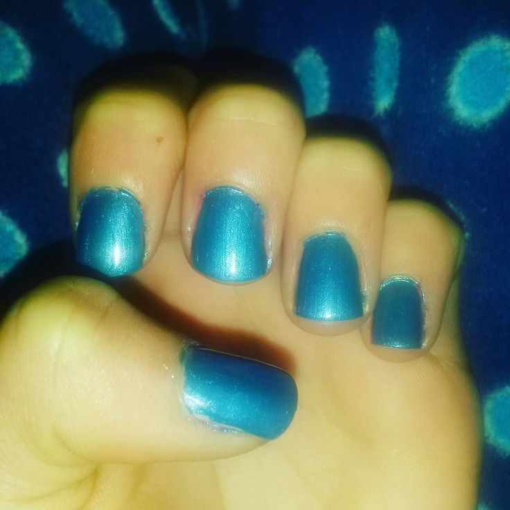 #nailart #nailpolish # #nails #naildesigns #polish #cutenails #nails #nail #nailaddict #scra2ch #blue #shortnails #shimmer by sams_awesome_nails