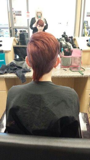 Women's short hair/mohawk