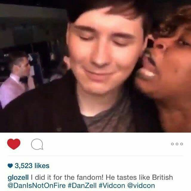 She did it for the fandom *claps* But can we take a moment to talk about Dan's face?<<< god bless