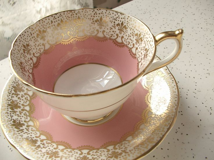 aynsley england bone china tea sets | ... Aynsley bone china tea cup, pink and gold English tea set, fleur de