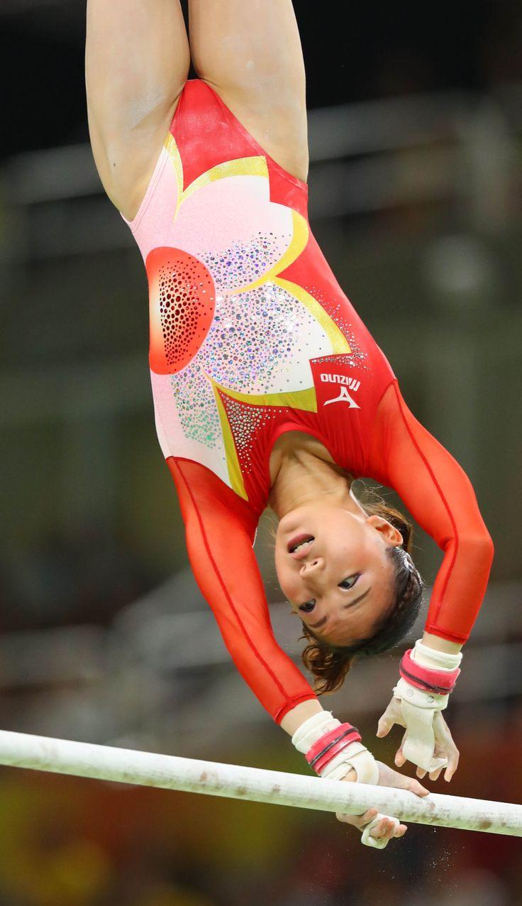 五輪体操 「グータッチ」で結束 日本女子、決勝進出 #体操 #リオ五輪
