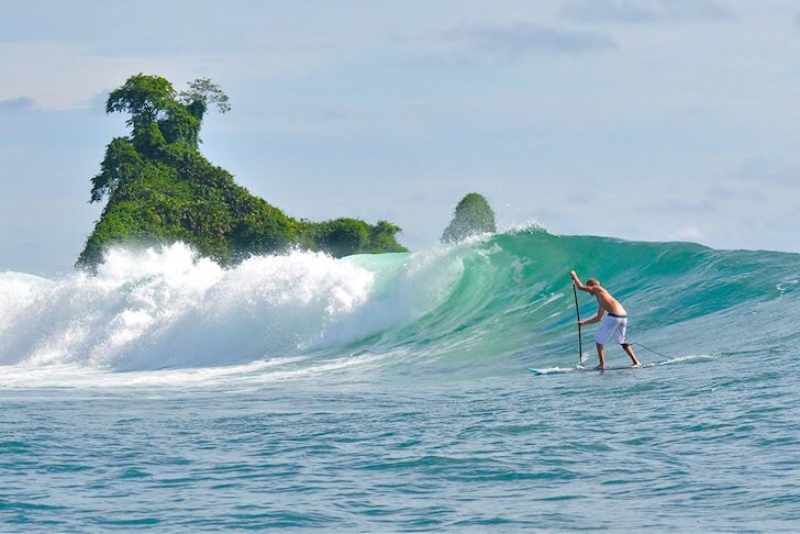 Nuqui, Colombia - surfing
