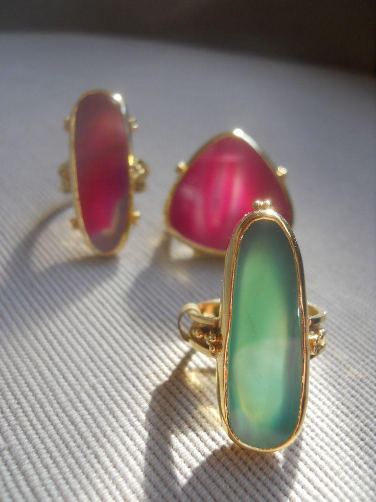 """Rainbow rings"" Agates, gold."