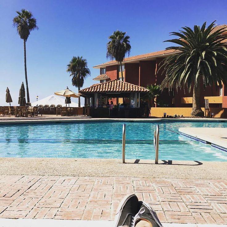 Todos merecemos un descanso y el tuyo puede ser en Puerto Nuevo Baja, Hotel y Villas, donde encontrarás amplios jardines, restaurante, una maravillosa vista al mar, alberca techada y climatizada ¡Ven y conócelo! #RosaritoMeInspira Foto-aventura por sundripdevil