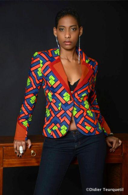 La veste en pagne, plusieurs coupes, plusieurs styles. Faites votre choix. Sadio Bee Sika Designs Stella Jean Editalo Designs JuneShop