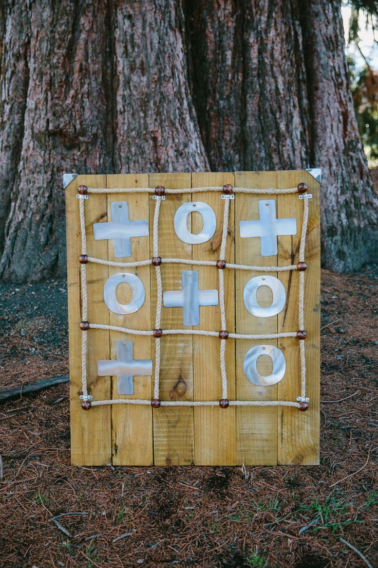 Free standing noughts and crosses game Rustic and origional