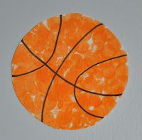 Basketball toddler craft - paper plate and Bingo dotter or finger paint!