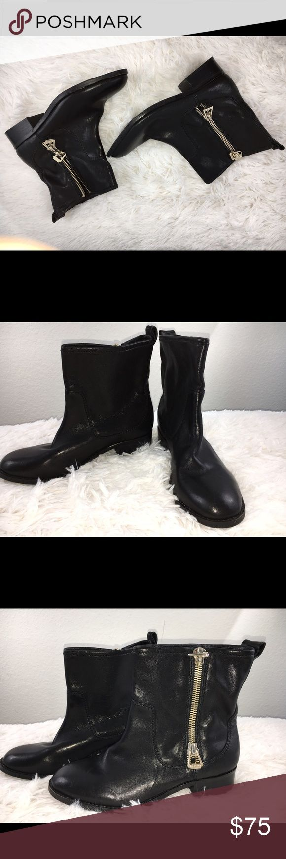 NEW Antonio Melani Ankle Boots NEW black leather Antonio Melani Ankle Boots w/flat heel, never worn, excellent condition ANTONIO MELANI Shoes Ankle Boots & Booties